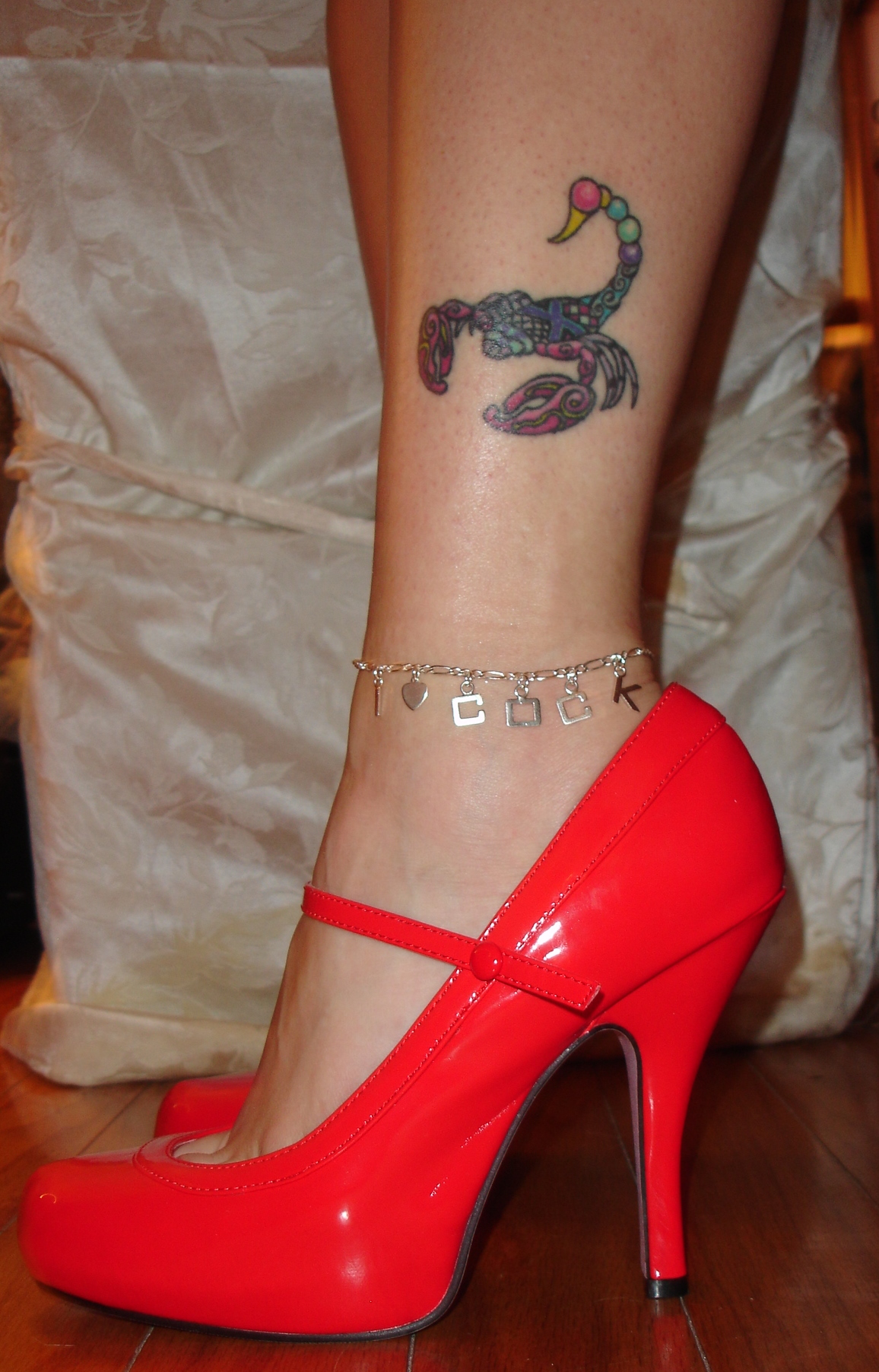image Anklet chain what do they mean hotwife